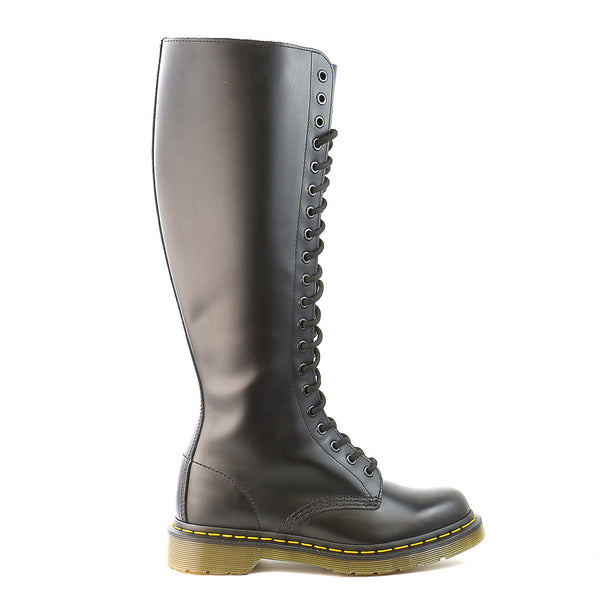 Dr Martens  1B60 20-Eye Boot - Black - Womens