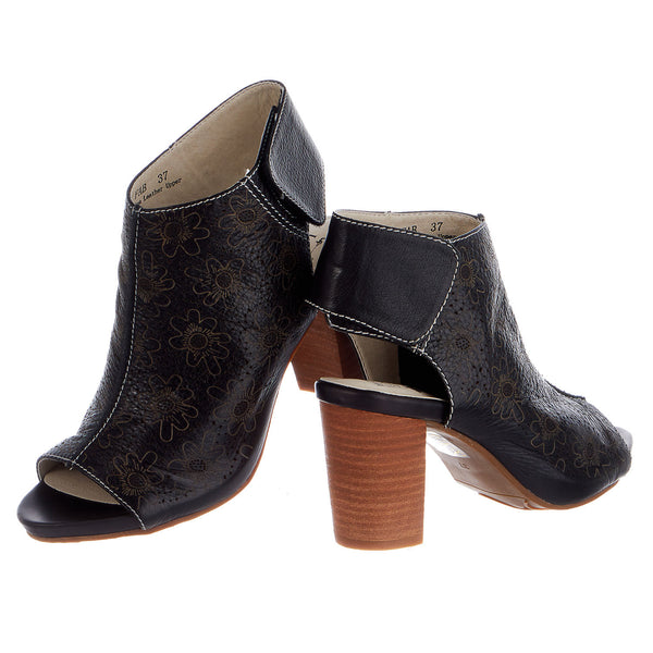 L'Artiste by Spring Step Fab Bootie - Women's