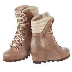 Sorel Conquest Wedge Holiday Boot - Women's