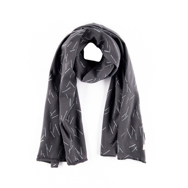 Soo Scarf in Graphite Print