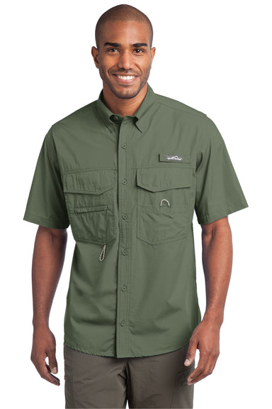 Eddie Bauer EB608 Mens Fishing Short Sleeve Button Down Shirt w/ Double Pockets Seagrass Green Front
