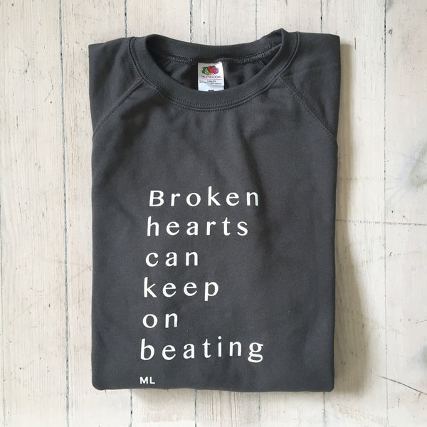 Marit Larsen: Sweatshirt - BROKEN HEARTS CAN KEEP ON BEATING / ML