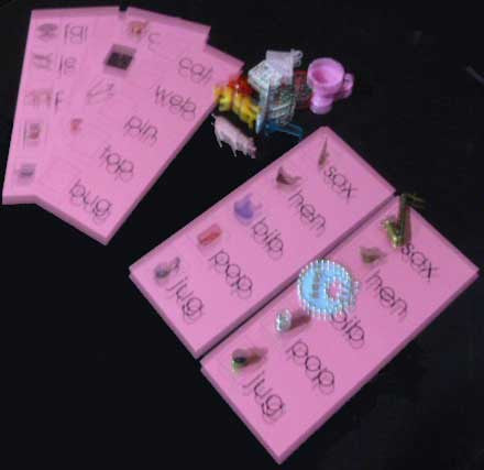 Pink Word Lists with Objects - M&M Montessori Materials  - 1