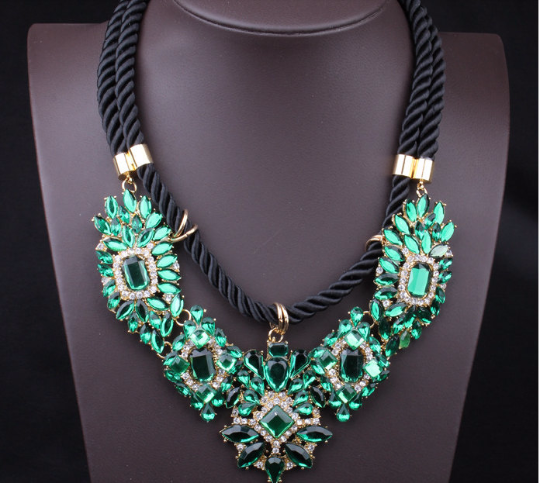 Vintage Style major suit fashion multilayer emerald exaggerated Necklace