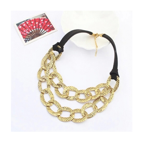 EXAGGERATED PERSONALITY METAL NECKLACE