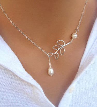 Silver Plated Simple Bird & Leaf Pendant Necklace
