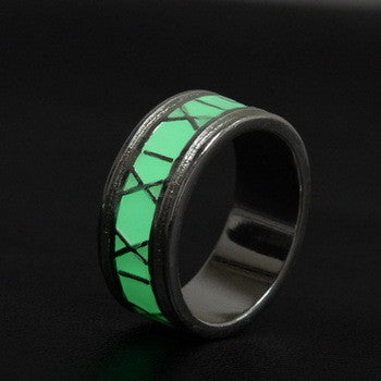 GLOW IN THE DARK ROUND RING
