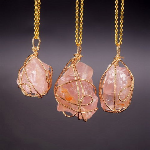 GOLD PLATED LIGHT ORANGE STONE PENDANT NECKLACE