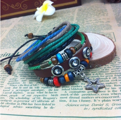 STAR PENDANT HANDMADE LEATHER BRACELET