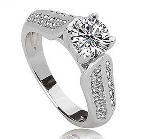 LUXURY WHITE GOLD PLATED CUBIC ZIRCONIA RING