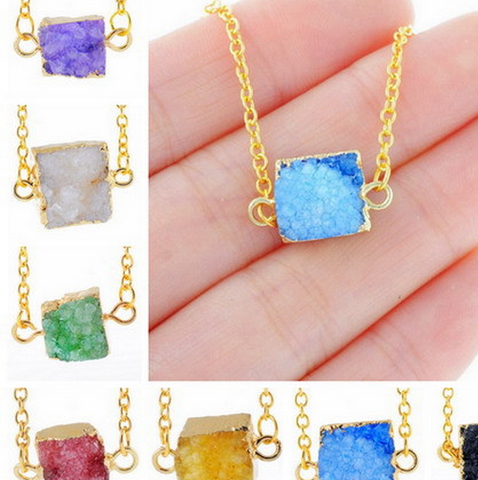 GOLD PLATED QUARTZ STONE PENDANT NECKLACE