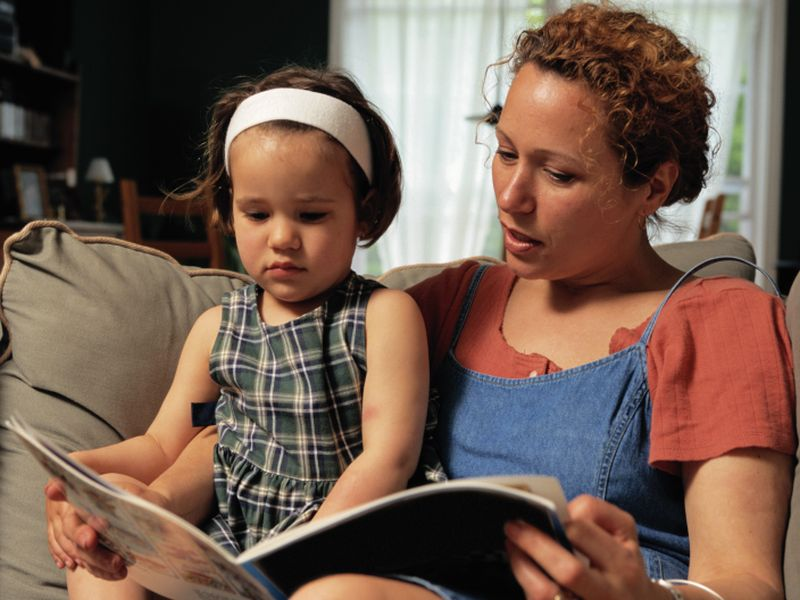 Toddlers May Gain More From Paper Books Than E-Books: Study