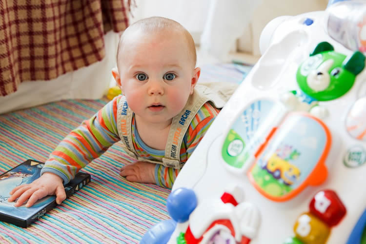 Electronic Baby Toys Associated with Decrease in Quality and Quantity of Language in Infants
