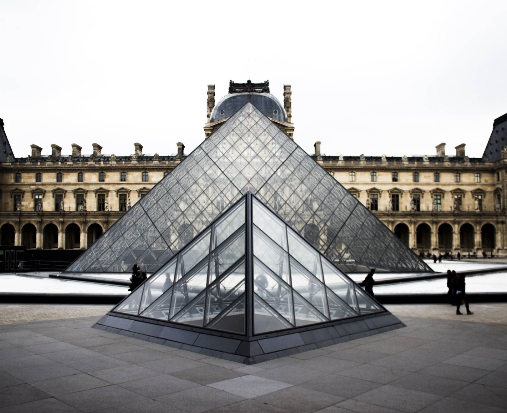 Louvre Triangle