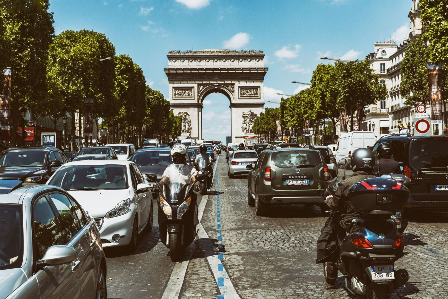 Cars at the Champs Elysees Canvas