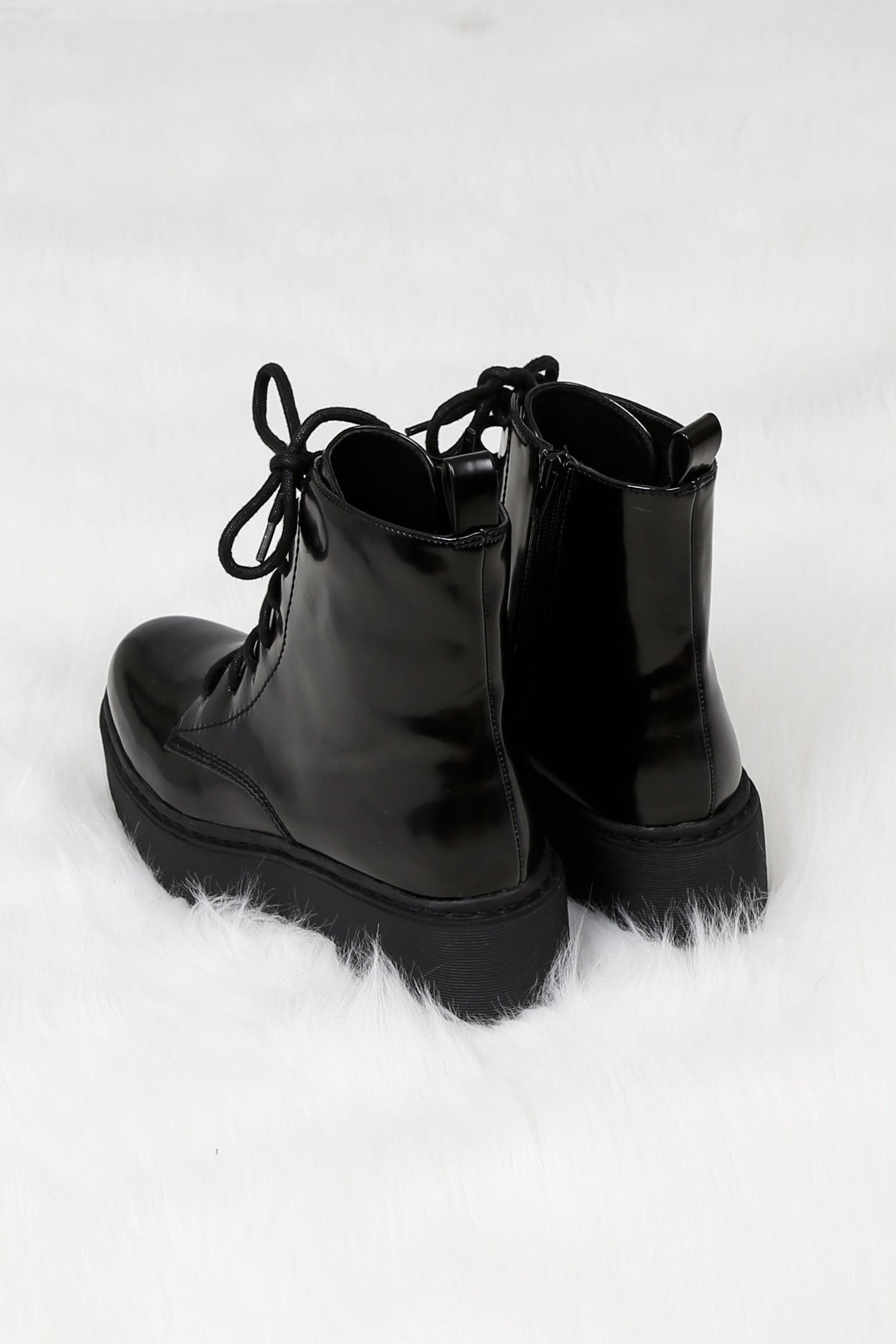 JEFFREY CAMPBELL | District Combat Boot - Black Box