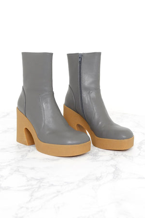 JEFFREY CAMPBELL | Kartini Chunky Boot - Grey Honey