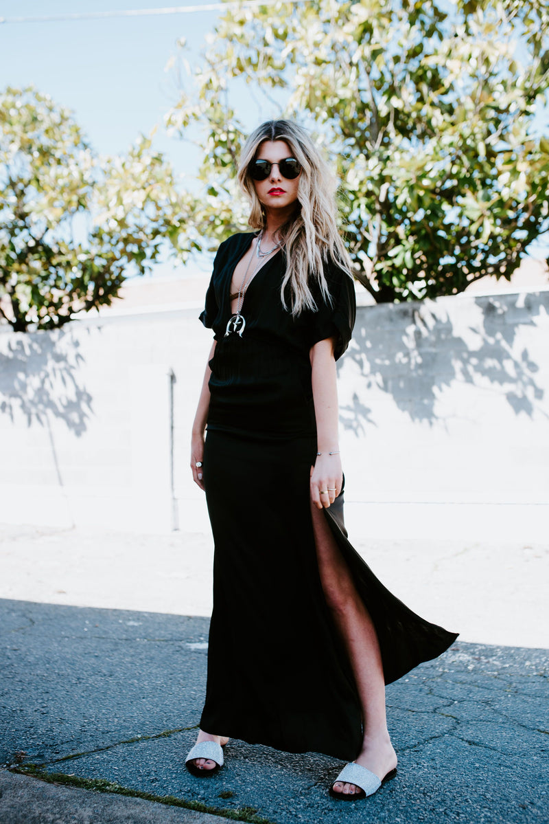 STILLWATER | Easy Deep V Silky Maxi - Black