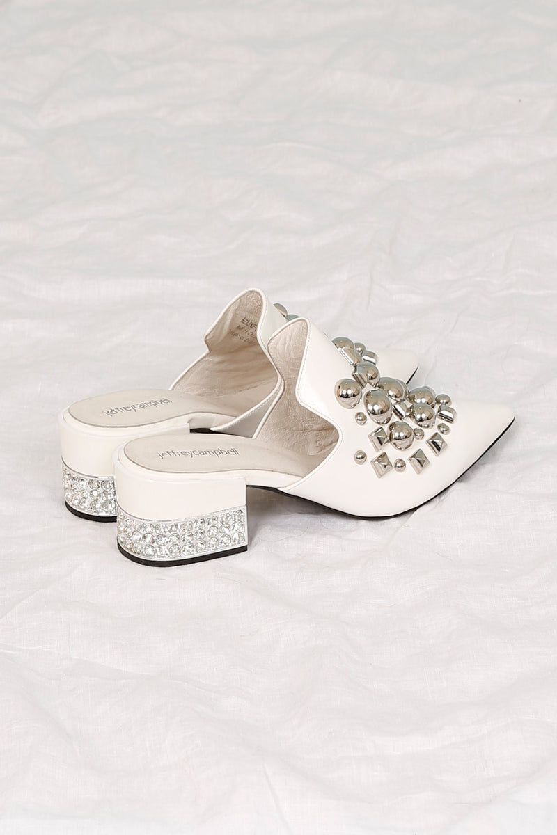 JEFFREY CAMPBELL | Helene Slide Heel - White