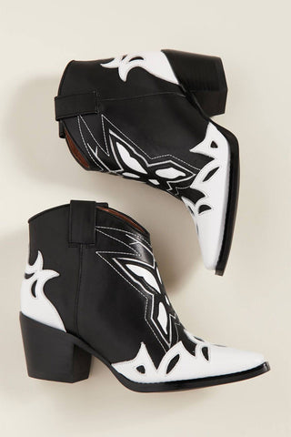 JEFFREY CAMPBELL | Tooney Short Western Boot - Black + White