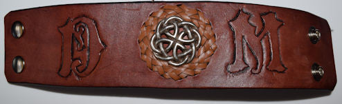 Stunning Leather bracelet with removeable center concho