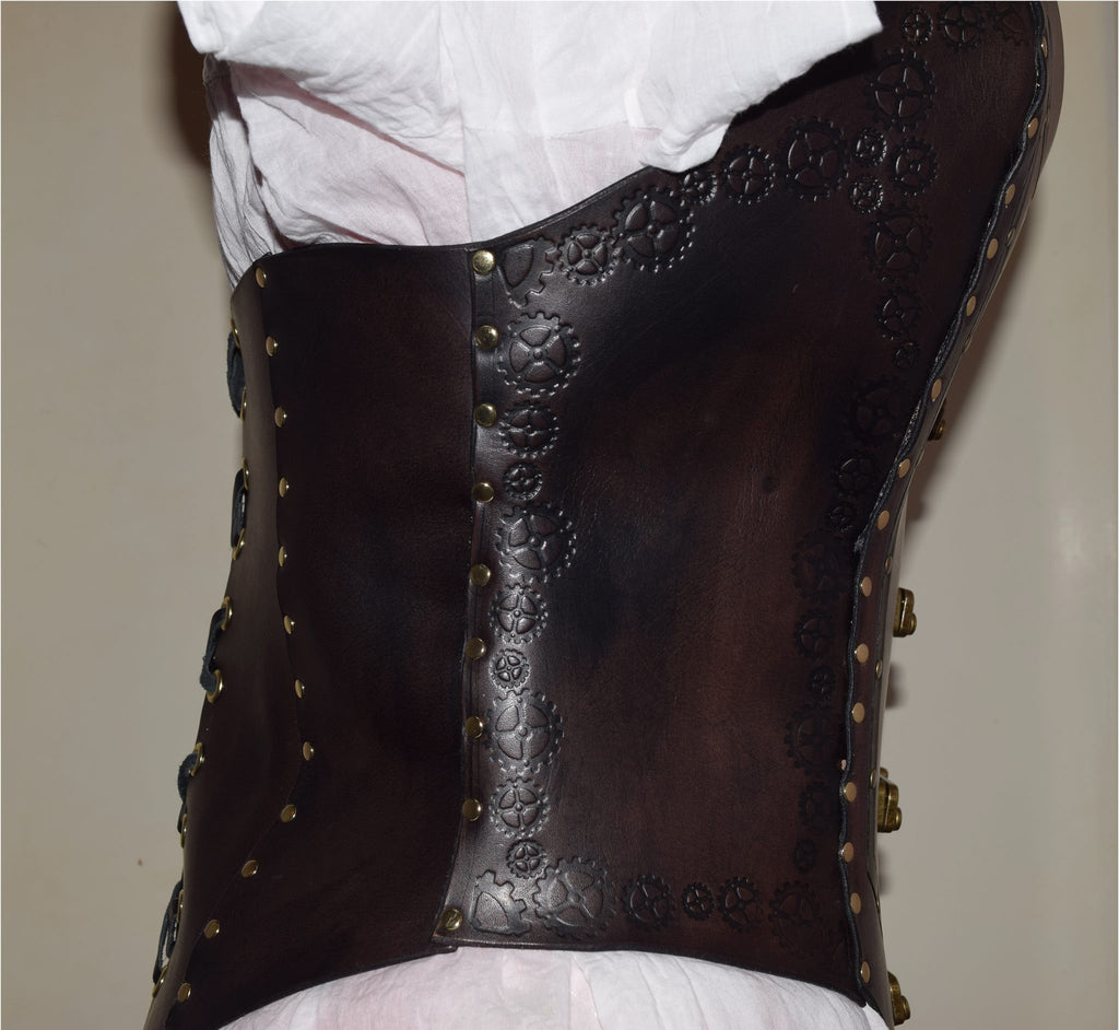 Sweetheart overbust steampunk themed leather corset