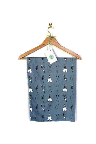 BLUE BOW AND ARROW AND TEEPEE ORGANIC COTTON WRAP/SWADDLE | Little Windsor