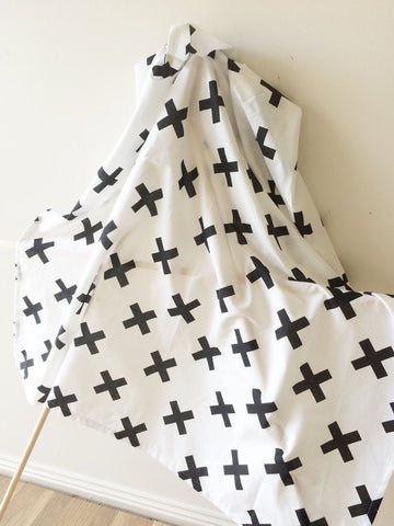 Black Swiss Kiss Cross | Light Baby Wrap | Elske