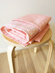 Good night / Peach fans | Cot Quilt Reversible | Elske - Dream Child Emporium  - 1