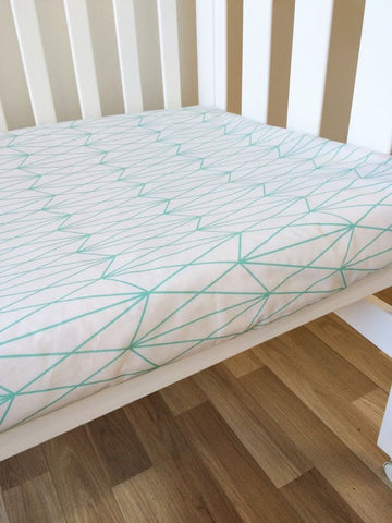 Mint Diamond Triangles | Fitted Cot Sheet | Elske