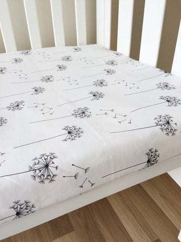 Catch a Dandelion | Fitted Cot Sheet | Elske