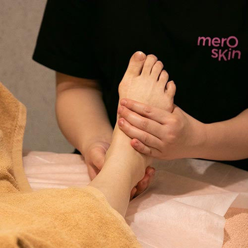 Foot Massage at MEROSKIN