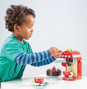 Le Toy Van Wooden Toys Le Toy Van Chococcino Cafe Machine