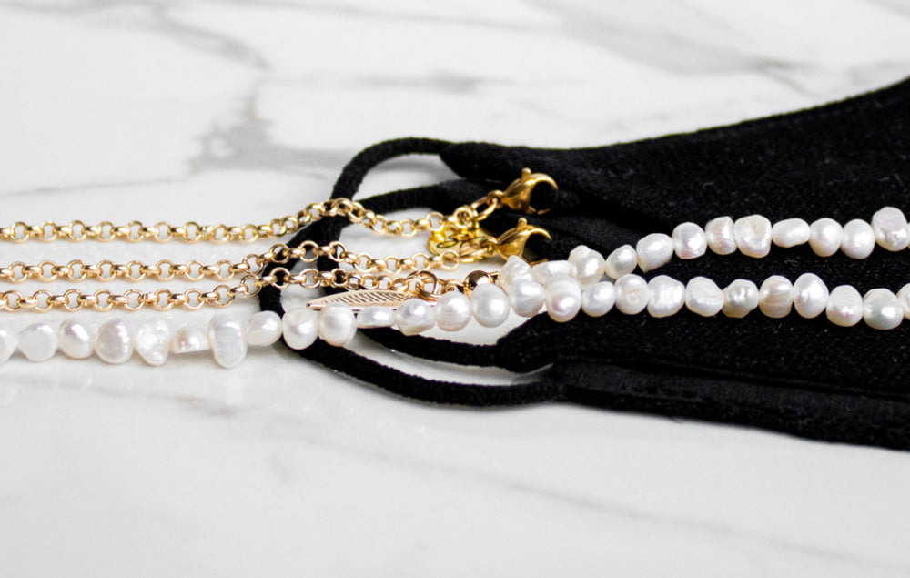 Pearl Mask Chain | White pearls or dark pearls