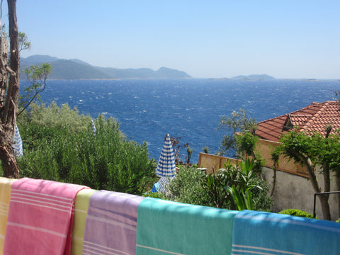 Sorbet holiday towels overlooking the sea
