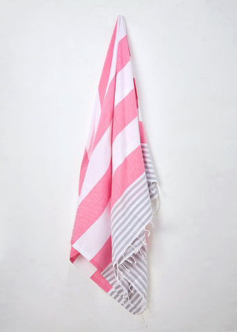 Strawberries and cream hammam towel