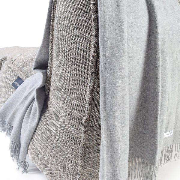 Cashmere Deluxe Throw - Light Grey