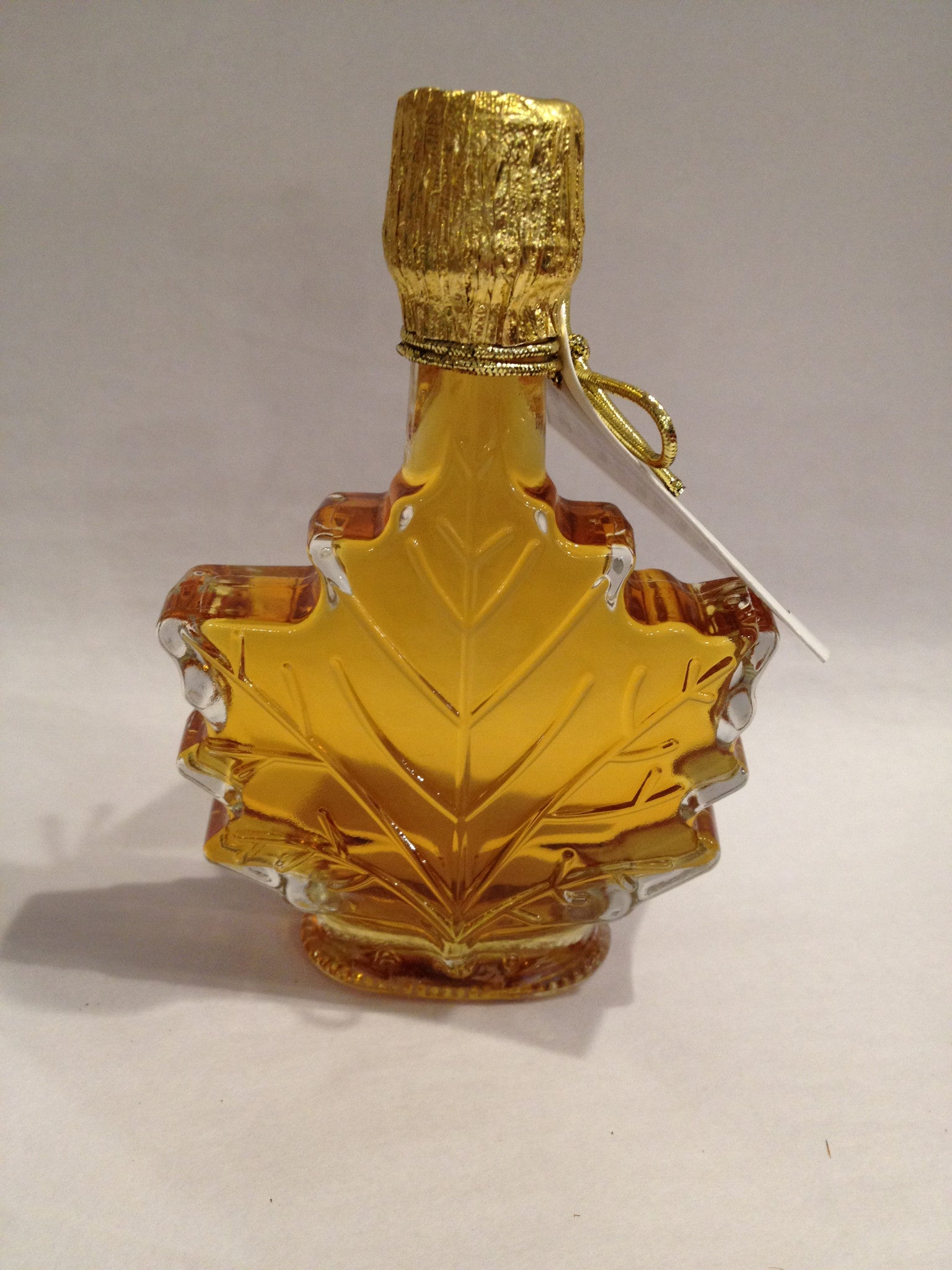 Amber Maple Syrup in Glass Leaf Bottle