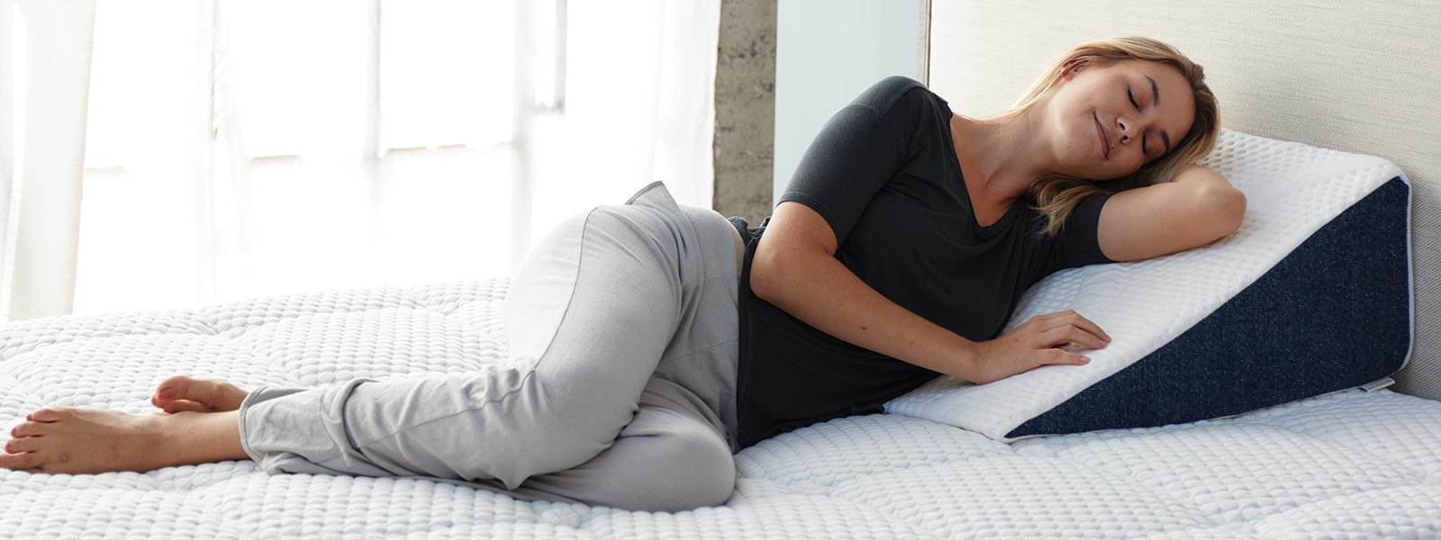 How a Wedge Pillow can help with sleep apnea, acid reflux, and improving circulation