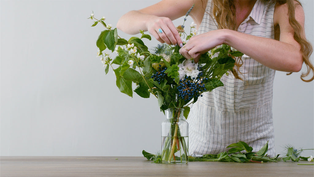 brentwood home wild roots los angeles blog diy bouquet wedding
