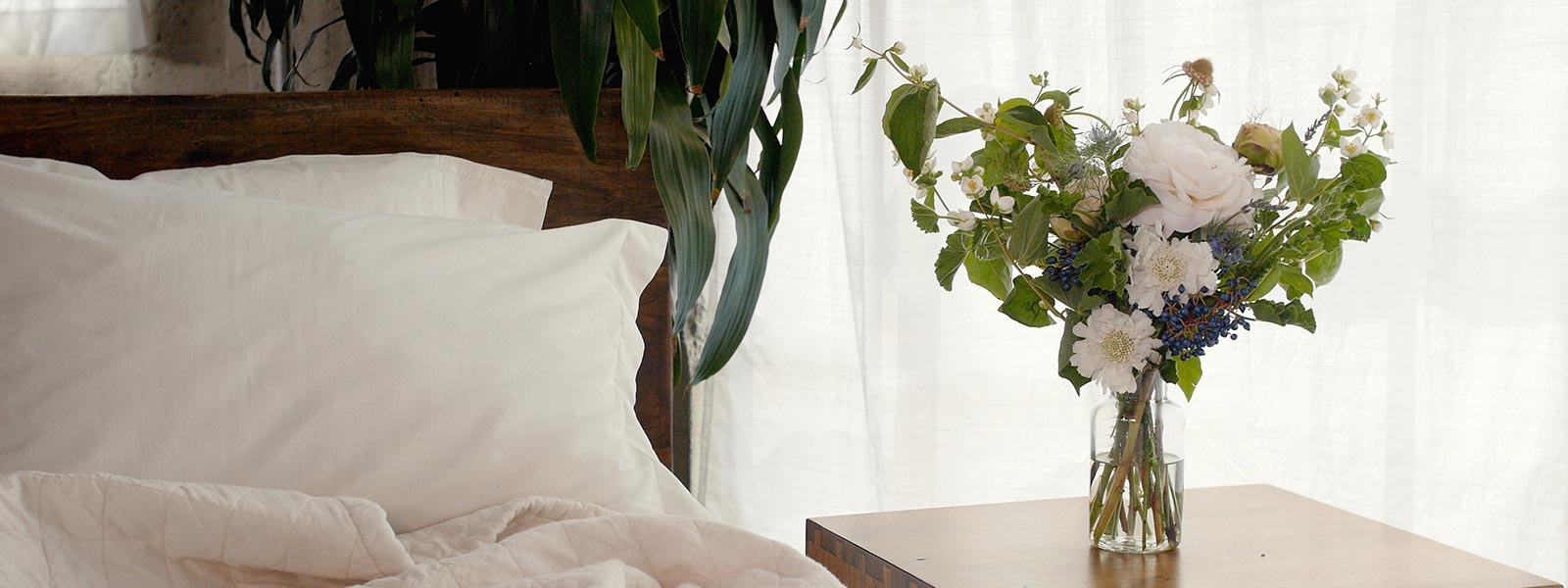 Brentwood Home Build the Perfect Bedside Bouquet Freshen Sessions