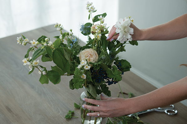 How to build a bouquet by Brentwood Home