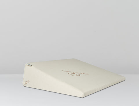 Latex Foam Wedge Pillow made by Brentwood Home