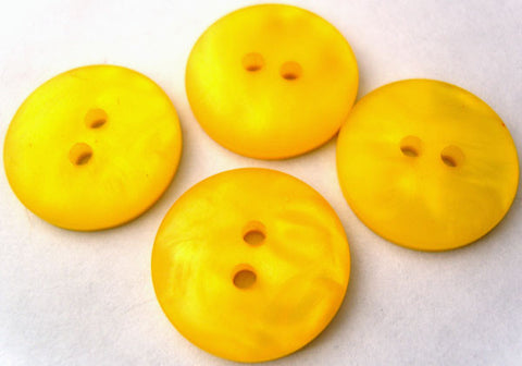 B1681 19mm Tonal Yellow Pearlised with a Subtle Iridescence 2 Hole Button - Ribbonmoon
