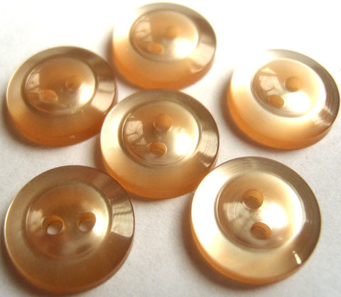 B4471 14mm Oyster Beige Pearlised 2 Hole Button - Ribbonmoon