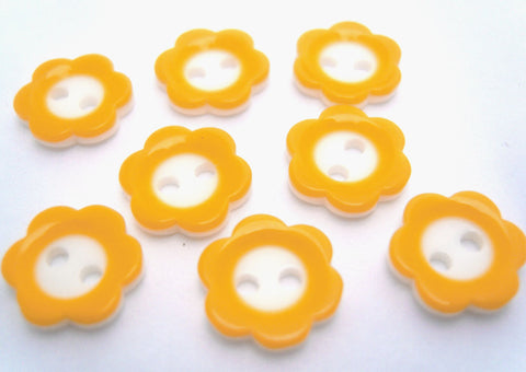 B6935 11mm Yellow and White Flower Shape Two Hole Button