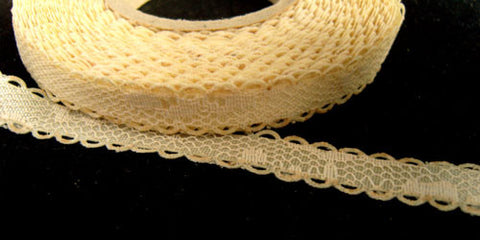 R1710 11mm Cream Lace over a Cream Acetate Satin Base - Ribbonmoon