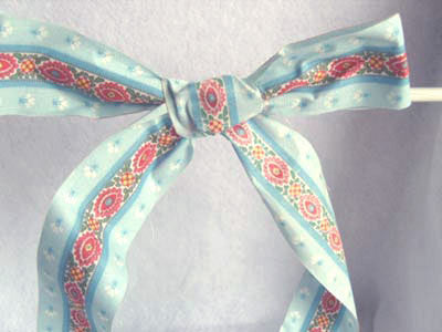 R2573 38mm 100% Cotton Flower Design Ribbon - Ribbonmoon