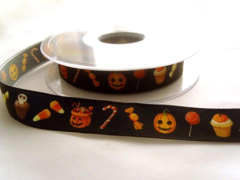 R8663 16mm Black Taffeta Ribbon with a Halloween Design by Berisfords