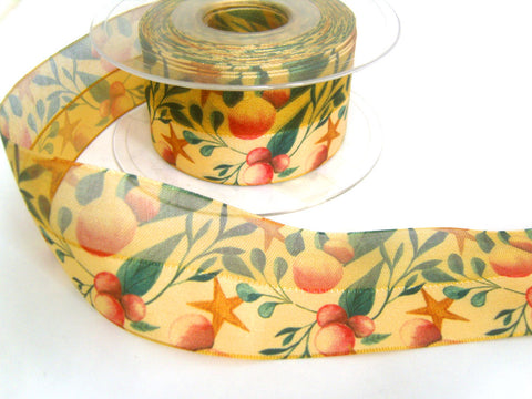 R8664 40mm Honey Gold Half Sheer Ribbon with a Berry Design